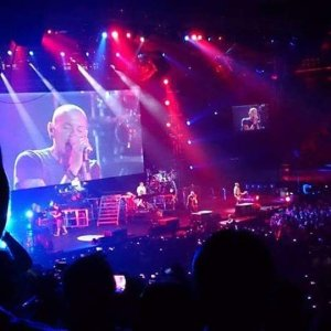 linkin park living things concert