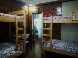 four beds transient rooms baguio city